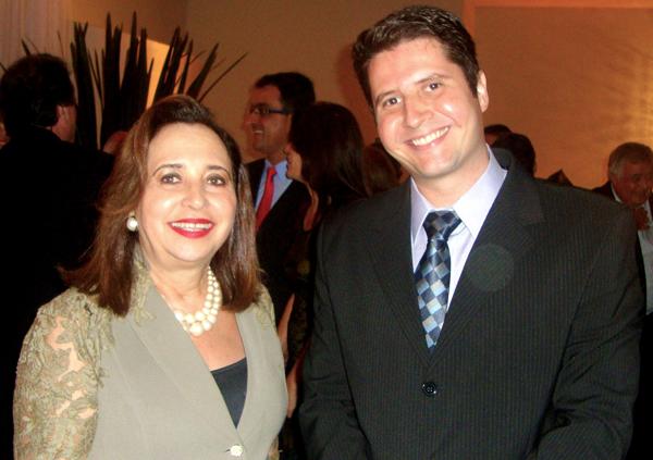 FOTO-MINISTRA-ASSUSETE-MAGALHÃES